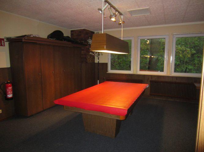 aa_billiardtisch